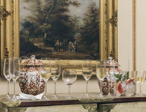 Decorare una casa moderna con dipinti antichi